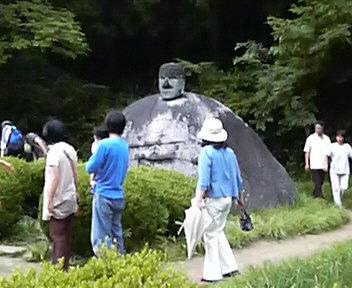 万治の石仏