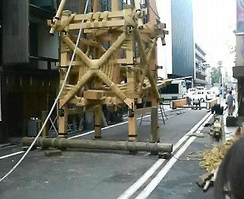 菊水鉾解体作業4